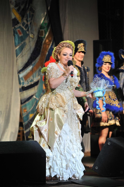 Платья Надежды Кадышевой