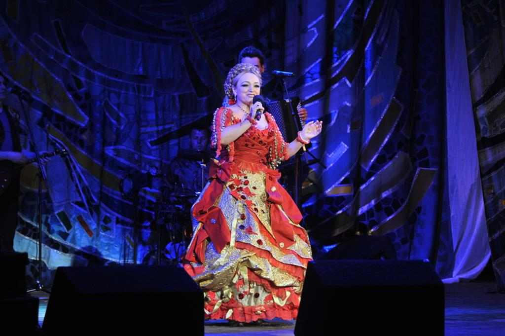 Концерт Надежды Кадышевой начался со скандала ...: http://volga.news/gallery/354488.html