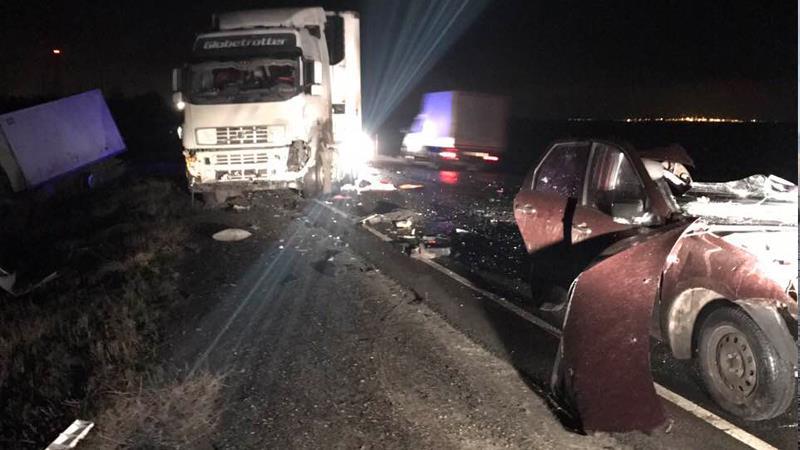 Под Сызранью столкнулись «LADA Granta» и 4 грузового автомобиля