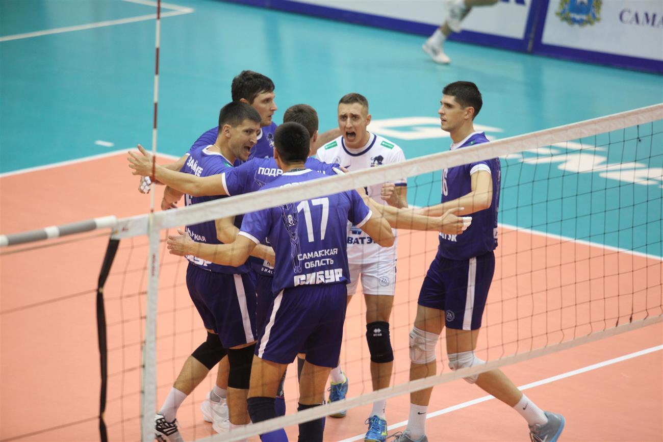 Волейболисты «НОВЫ» впламени и«заряжены»— Алексеев