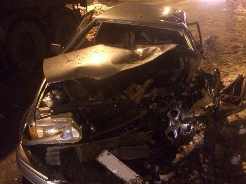 ВСамаре при столкновении с грузовым автомобилем пострадал шофёр легковушки