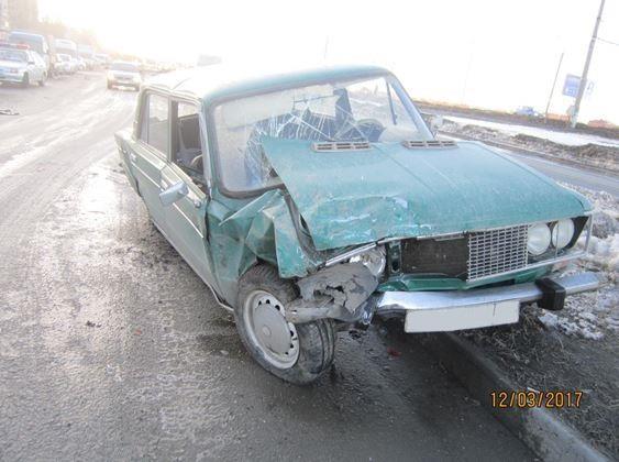 ВТольятти повине 20-летнего водителя вДТП столкнулись 5 авто