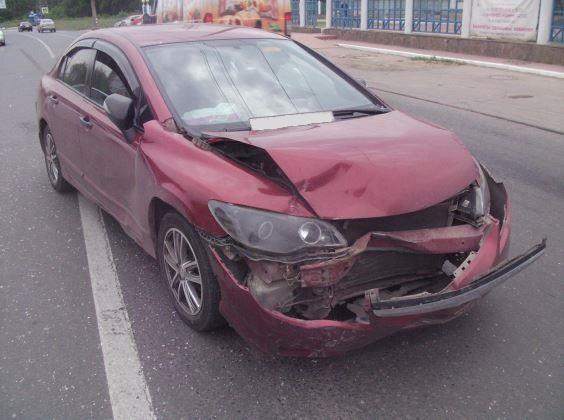 Женщина-водитель «Daewoo» пострадала вДТП с«Honda» вТольятти