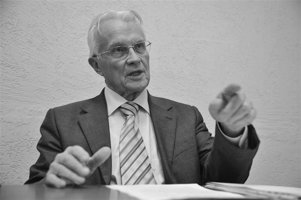 Ушел изжизни почетный гражданин Новокуйбышевска Валентин Романов