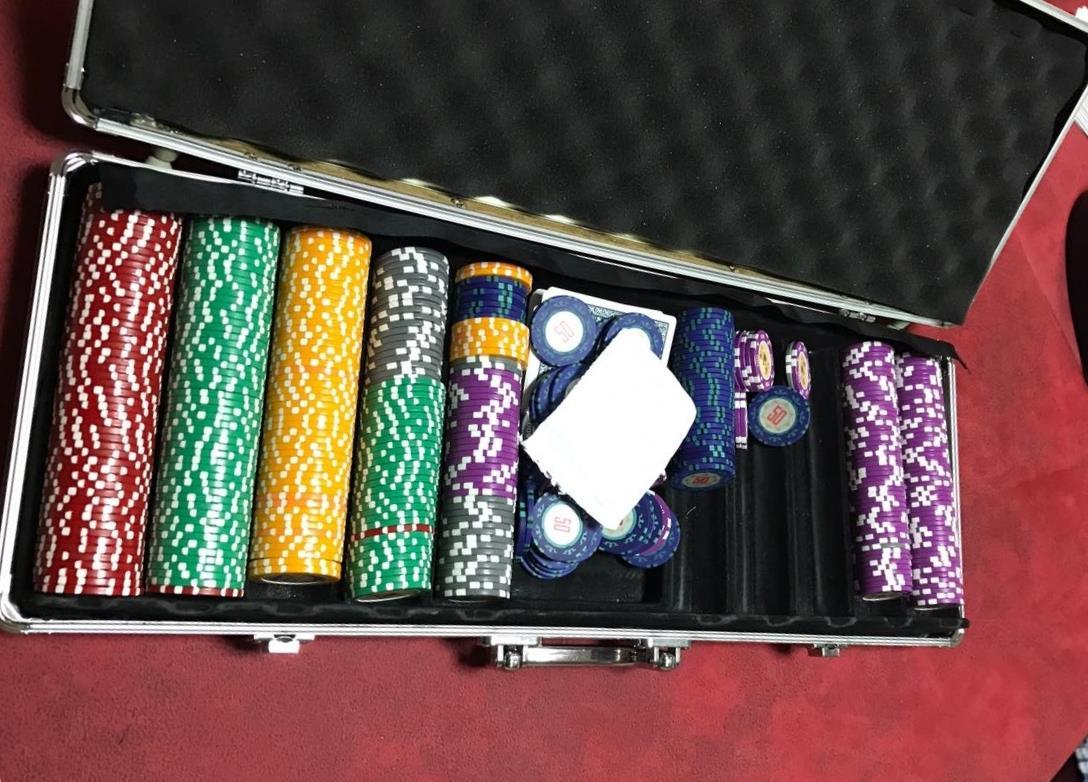 ВТольятти отыскали подпольное казино сфишками на млн. руб.
