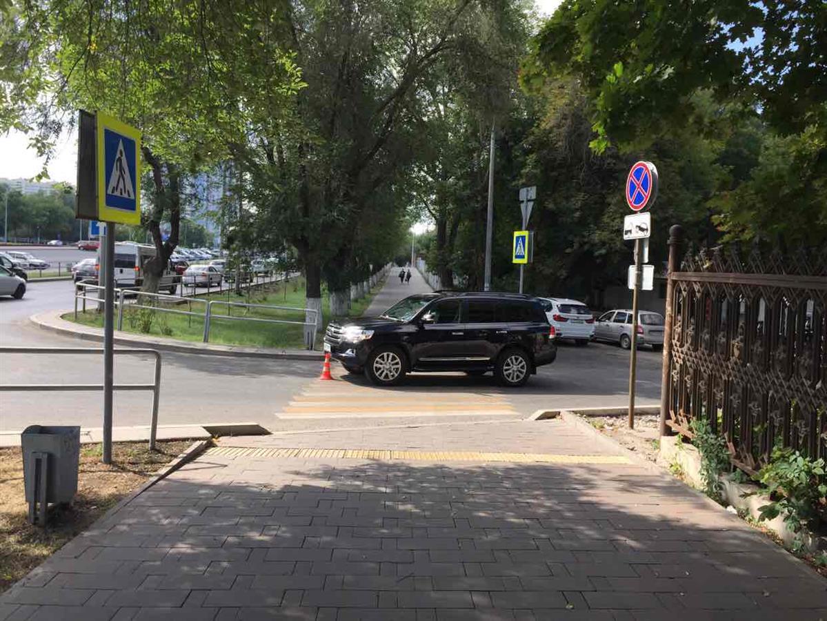 ВСамаре шофёр джипа сбил велосипедиста иего 2-летнего сына