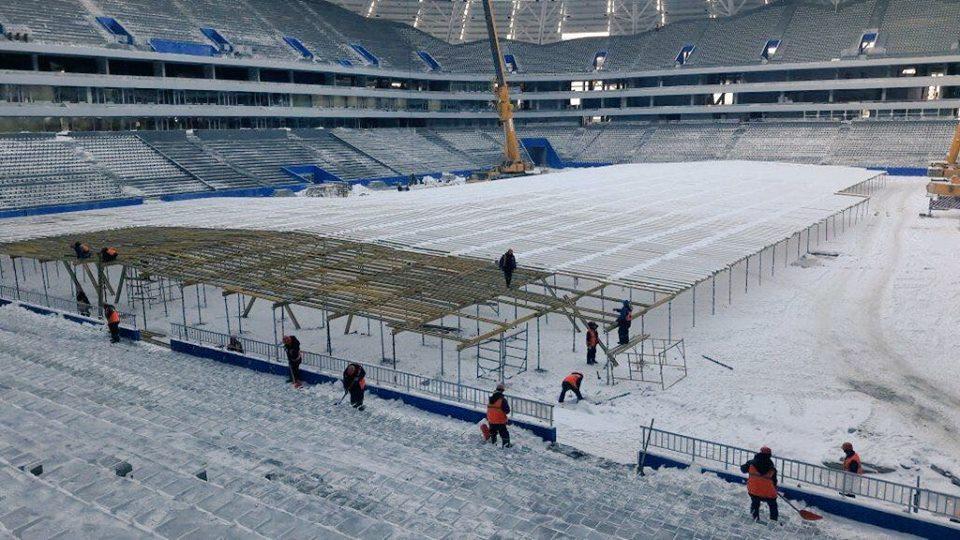 Настадионе «Самара Арена» начали строить теплицу для газона