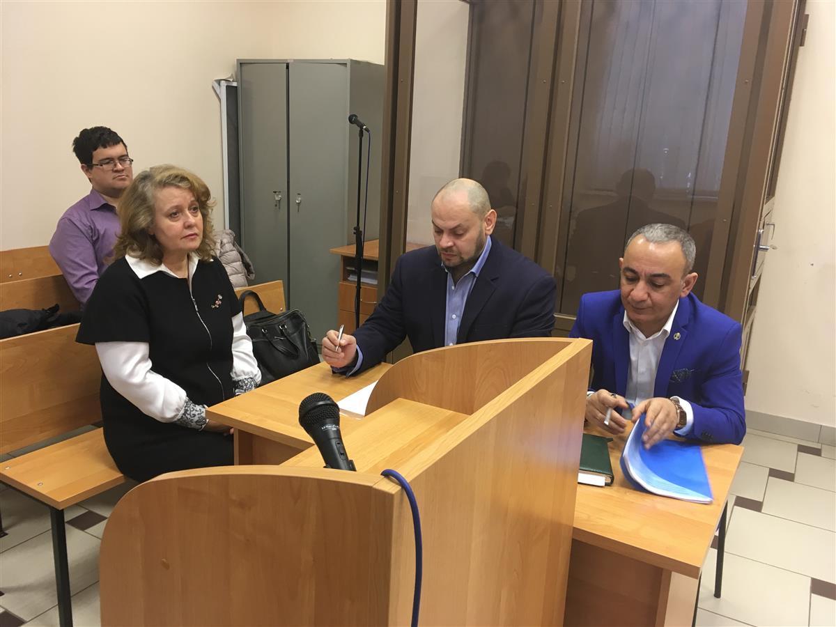 ВСамаре домашний арест экс-директору гимназии №1 продлили досередины весны