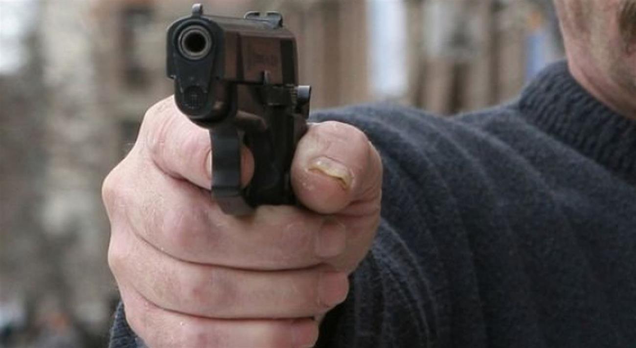 ВТольятти мужчина попал в поликлинику смножественными огнестрельными ранениями
