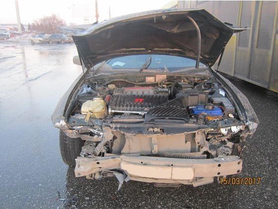 ВТольятти автомобилистка на Мицубиси Diamante столкнулась с 2-мя машинами