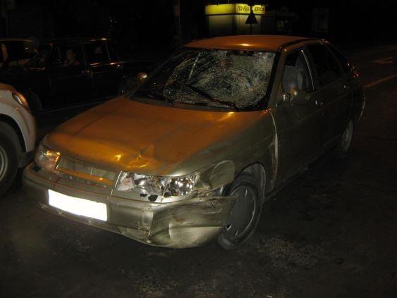 ВТольятти шофёр ВАЗа сбил наперекрестке мужчину иженщину