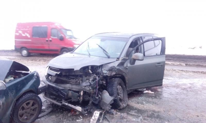 Один человек умер иеще трое пострадали встрашном ДТП