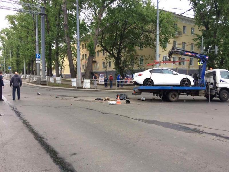 ВСамаре встрашном ДТП умер  мотоциклист иего пассажирка