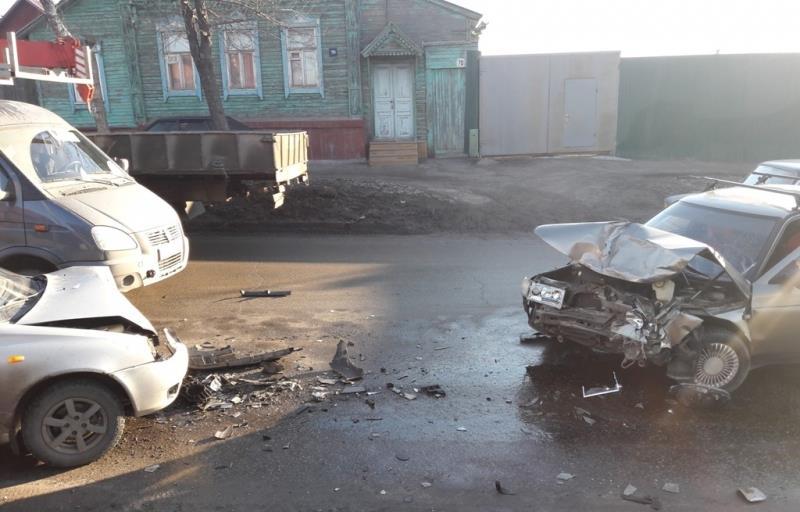 ВСызрани повине автоледи вДТП пострадал 4-летний ребенок