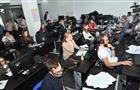 В ситуационном центре продолжается работа с замечаниями наблюдателей и избирателей