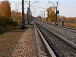 Под Самарой поездом сбит молодой мужчина
