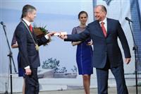 Владимир Артяков вручил Сергею Андрееву удостоверение главы Тольятти