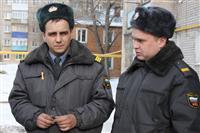 Двое полицейских спасли из горевшего дома пятерых детей