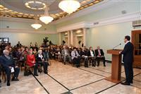 Накануне Дня конституции Дмитрий Азаров вручил государственные награды