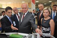 """Николай Меркушкин ознакомился с проектами, представленными на форуме """"Линия успеха"""""""