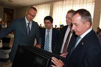 """""""Самарский Стройфарфор"""" отметил своих лучших специалистов и детей сотрудников предприятия"""