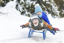 Чем полезна детская страховка от несчастного случая