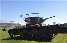 В тольяттинском парке им. Сахарова появились танки Т-26 и Т-60