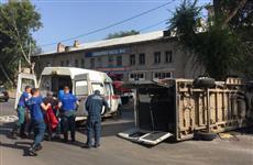 В Самаре пострадали пять пассажиров автобуса, попавшего в ДТП на ул. Свободы