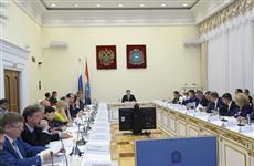Дмитрий Азаров провел встречу с дольщиками трех проблемных объектов