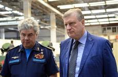 Игорь Васильев наделил главкома ВКС Виктора Бондарева полномочиями сенатора от Кировской области