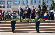 """Дмитрий Азаров - ветеранам: """"Спасибо за ваш бессмертный подвиг!"""""""