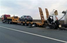 На М-5 погиб водитель грузовика, въехавший в тягач, у которого кончился бензин
