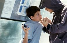 В Кировской области двое подростков грабили сверстников рядом со школами
