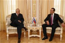 Глава Чувашии Михаил Игнатьев встретился с послом Кубы Эмилио Лосада Гарсия