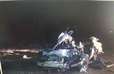 """Под Самарой пострадал водитель """"десятки"""", столкнувшийся с двумя грузовиками"""