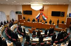 В губдуме приняли в первом чтении закон об областном бюджете на 2018 год