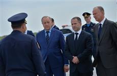 Николай Патрушев и Михаил Бабич посетили авиабазу Дальней авиации в Энгельсе
