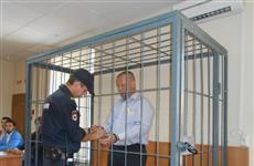 В суде начинается новое рассмотрение уголовного дела экс-военкома Игоря Попова