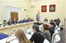 Дмитрий Азаров провел встречу с дольщиками четырех проблемных объектов