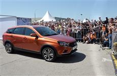 АвтоВАЗ представил гостям на Дне открытых дверей новую Lada Vesta SW Cross