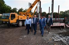 Губернатора удовлетворили темпы строительства спорткомплекса в Похвистневе