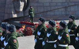 Регион торжественно отмечает День защитника Отечества