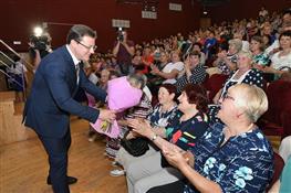 Глава региона поздравил работников Почты России с профессиональным праздником