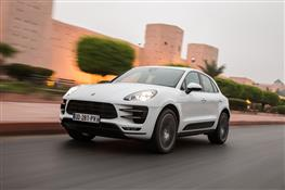 Мчим по Марокканским серпантинам на новом Porsche Macan