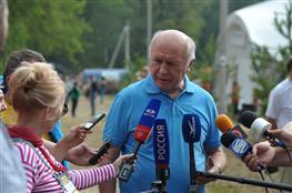 Николай Меркушкин посетил Грушинский фестиваль