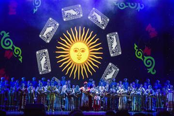 Волжский русский народный хор принял участие в фестивале Танцуй и пой, моя Россия