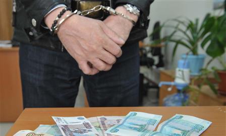 Экс-начальника полиции Челно-Вершинского района отдали под суд