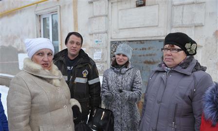 Самарцы, пострадавшие в пожаре, четвертый месяц не могут найти жилье