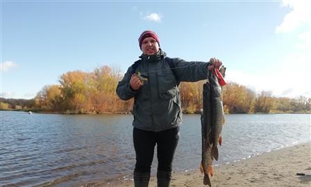 Самарские рыболовы устроили соревнования на старице реки Самары