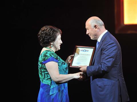 Николай Меркушкин поздравил медицинских работников Тольятти с праздником